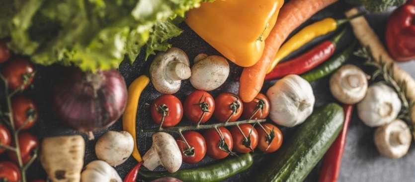 Conservación de frutas y verduras ¿fuera o dentro de la nevera?
